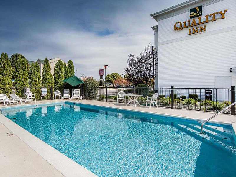 Outdoor pool at Quality Inn in Richmond, KY